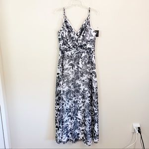 WHBM • Black & White Floral Maxi Dress Size 12
